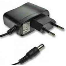 Fuente de Poder 100-240 VAC a 9VDC 1A